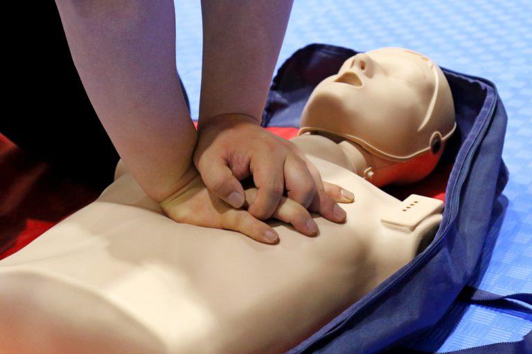 cpr, cardiopulmonary resuscitation, medical treatment